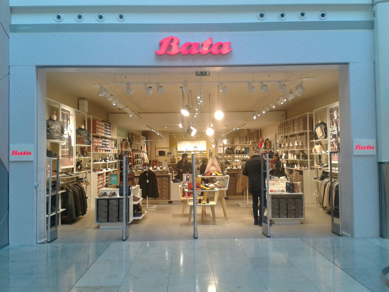 Tecna Spa project : Bata Store in Marcianise at the C.C. Campania